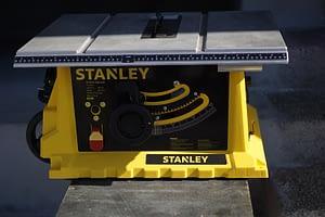 """เลื่อยองศา 10"""" Stanley รุ่น STST1825"""