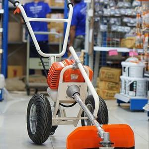 Kanto รถเข็นตัดหญ้า 4 แรงม้า พร้อมใบตัด รุ่น KT-LM-6400 เครื่องยนต์เบนซิน 2 จังหวะ ( Lawn Mower ) - รถตัดหญ้า / เครื่องตัดหญ้าสินค้าใหม่ 100%