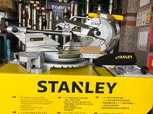 เครื่องเลื่อยตัดองศา 10 นิ้ว STANLEY SM18
